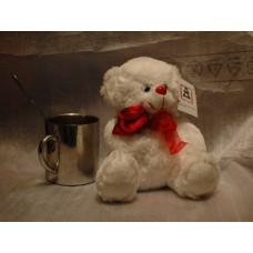 белый медвежонок с розой (20 см)